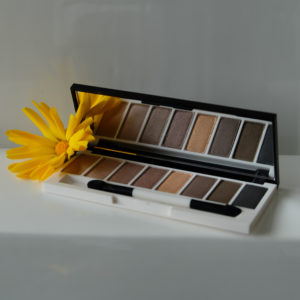 Palette Yeux Laid Bare Lily Lolo